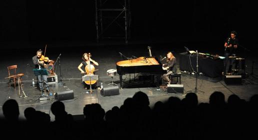 12 IX 2012 MITO per la cittˆ - Concerto di Carlot-ta & the Sleep